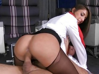 Big ass brunette babe jumps on hard pecker with pleasure