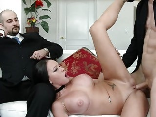 Big Ass Wife Raven Bay Puts on a Wild Sex Show for Her Cuckold Husband