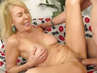 Sexy Granny Erica Lauren Takes a Cock Deep in Her Mouth and Pussy