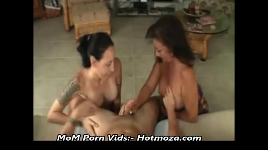 Japanese Mom Daughter Massage