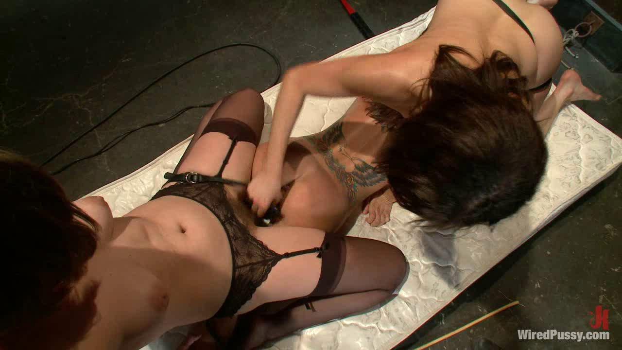 Asian Lucky Starr Masturbating